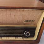 Mi Primera Radio - El Recuento en casa 33 (12-2-2016)