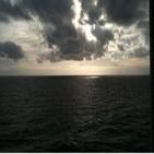 Luces y Sombras 25.10.2012 Jesucristo, el Dios desterrado y el Profeta manipulado