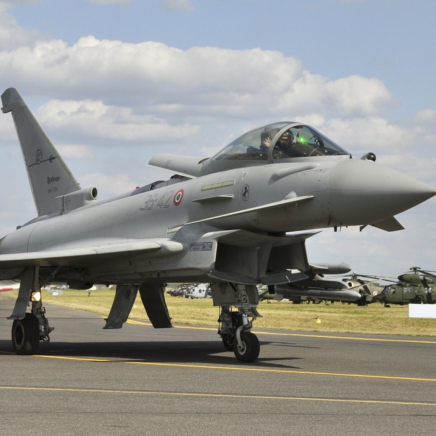 Eurofighter y otras aeronaves. Tecnología militar. Maestranza Aérea de Albacete. Coronel Rafael MAESAL. 432. LFDLC