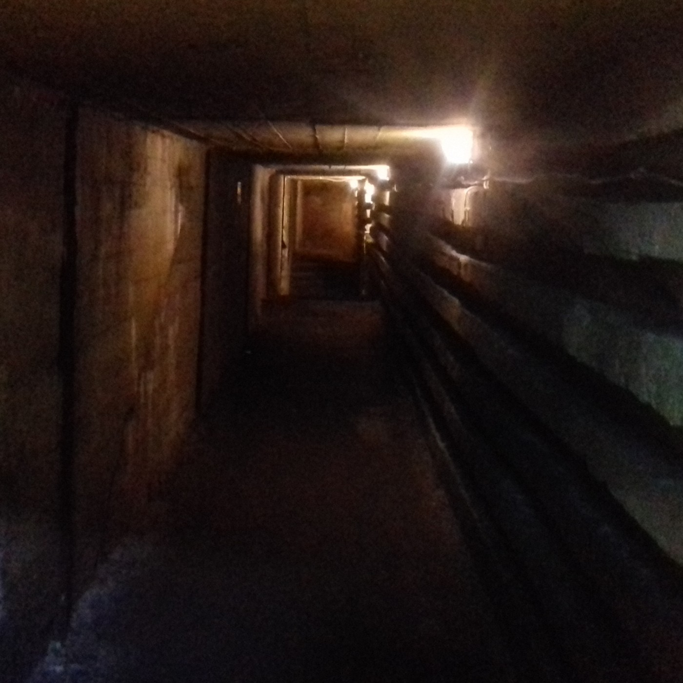 Planeta Zero - 06 - Der Riese, la ciudad subterranea nazi