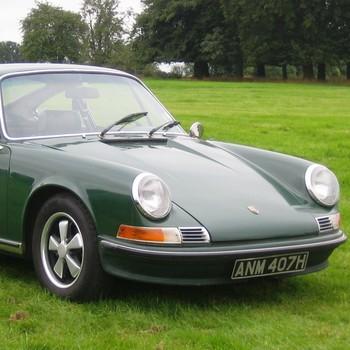 1. El Porsche 911 es un coche anticuado