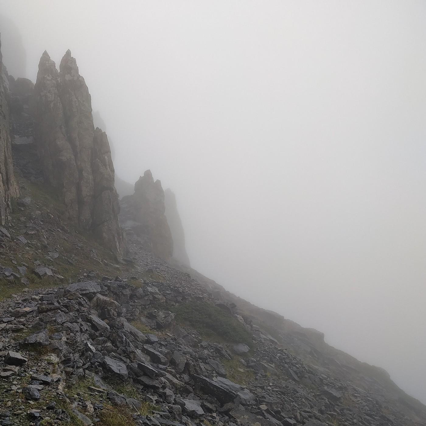 36.- Mochileros en la Ruta de las golondrias en el Pirineo navarro - 2a parte (con Santi G. y Javi R.)