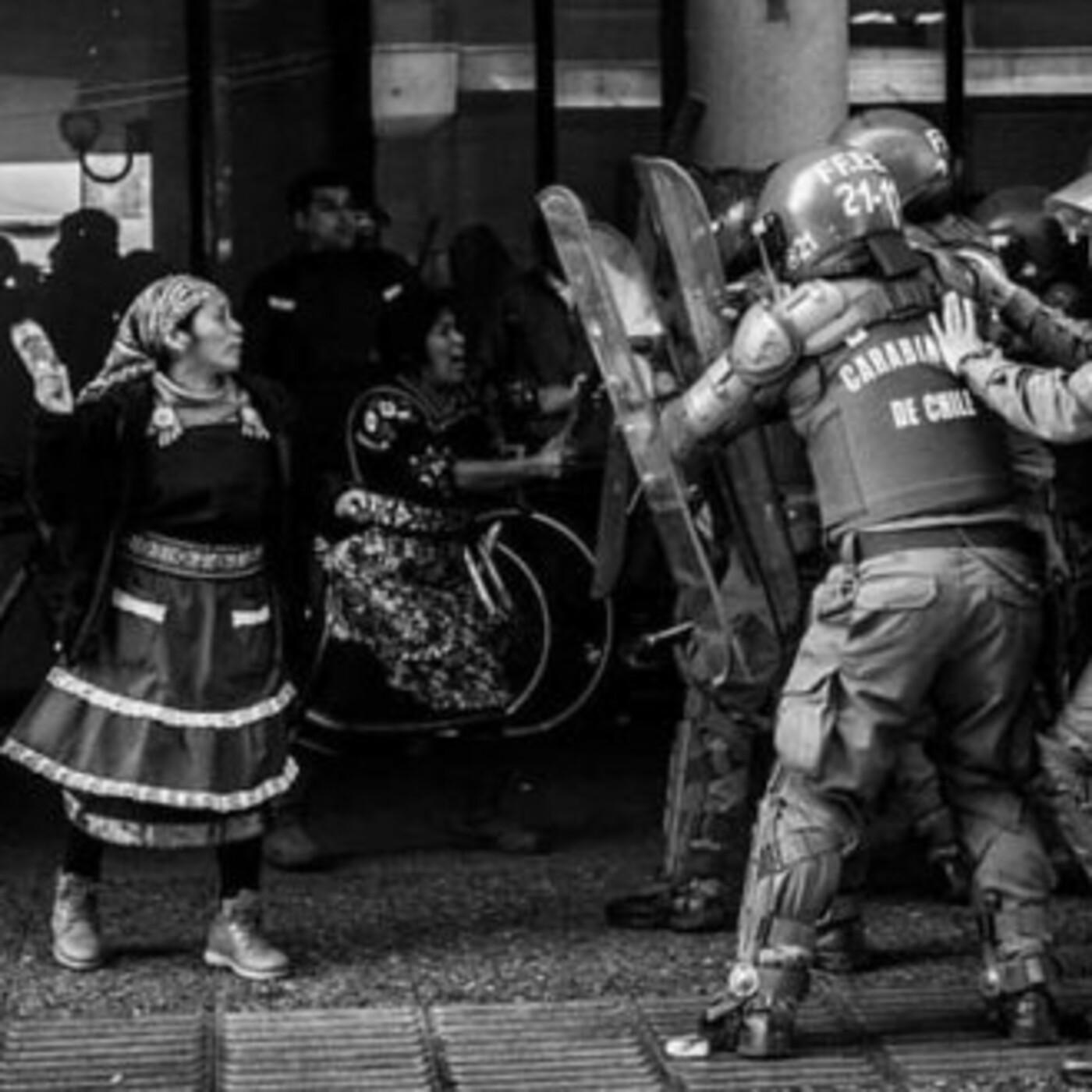 Wallmapu: Víctor Pérez salta sobre el campo minado