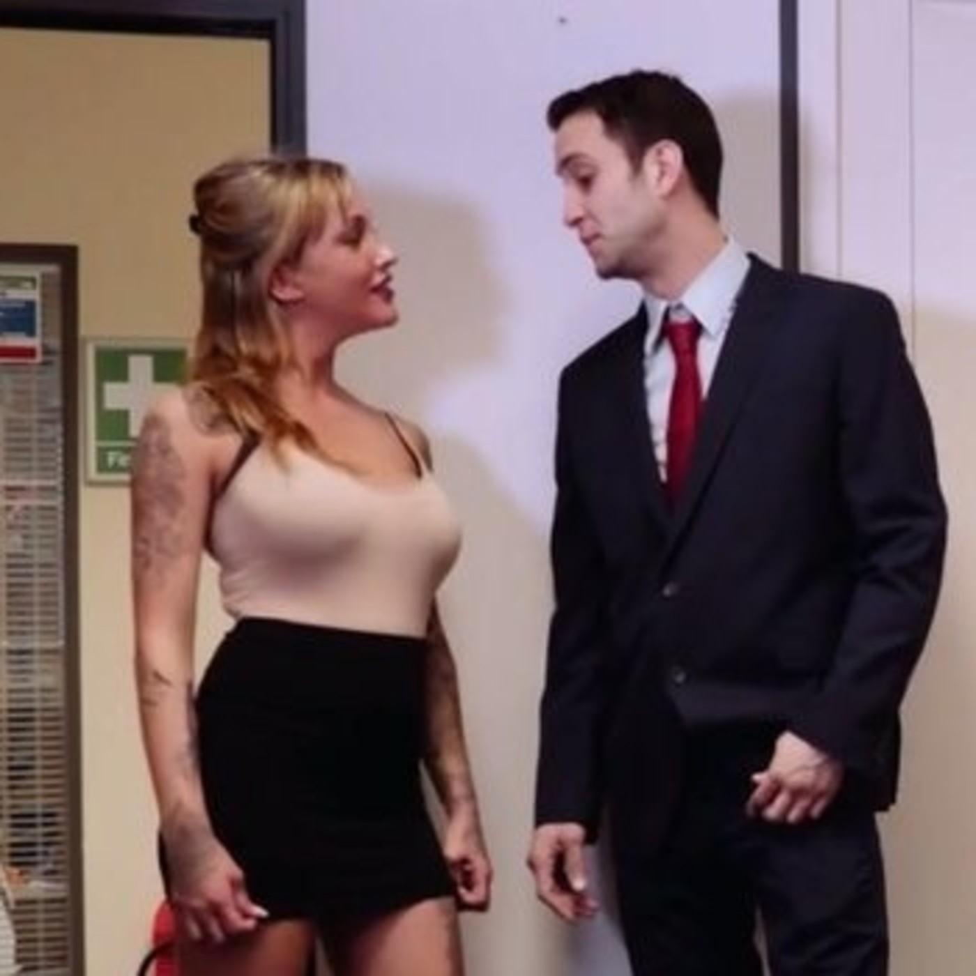Sexo con la secretaria de mi marido