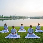 Mindfulness para niños. Meditación de tranquilidad El lago en calma