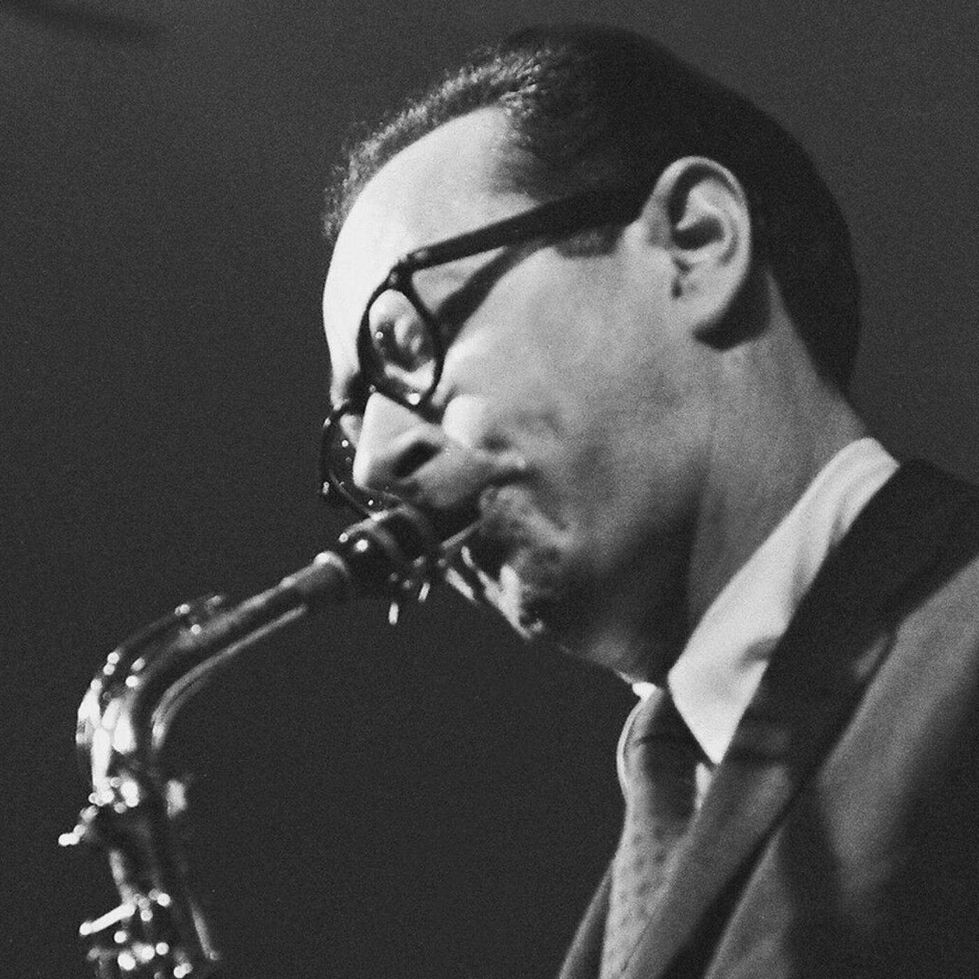 RadioMontaje - Programa 1015 - Paul Desmond, Jazzmeia Horn, Woody Shaw, Abercrombie - Scofield...