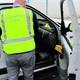 Investiguen una onada de dotze robatoris en cotxes de Montornés