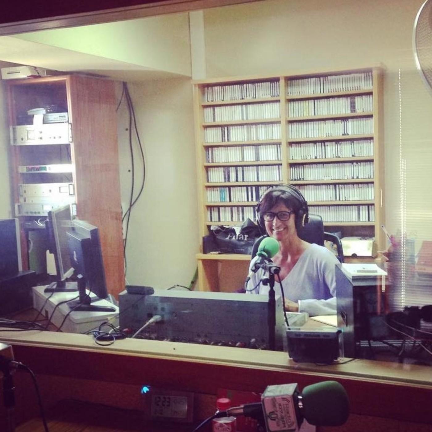 Vivimos la música con alegría y pasión/ Los coralistas de la Portus Victoriae visitan la radio 19/10/2018
