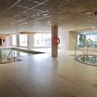 Los usuarios de la piscina Aquasalud de Cervera piden su reapertura