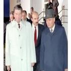 Oliver Stone: La historia no contada de EEUU 08 - Reagan, Gorbachov y el tercer mundo: el ascenso de la derecha (Docufil