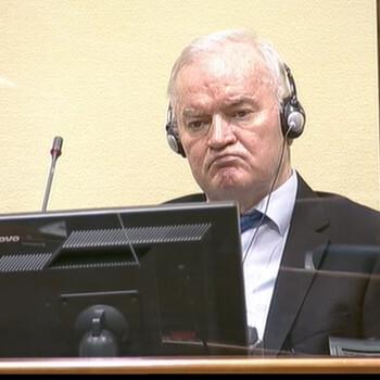 Sociedad balcánica y justicia internacional