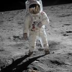 ENIGMA EXPRESS: Viajes a la Luna