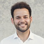 Entrevista a Sebastián Lora experto en comunicación y oratoria