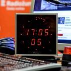 Dvacet minut Radiožurnálu - Není to proti Kon?vovi, ale proti Rusku. Socha m?že na Olšany, míní vnu?ka sov?...