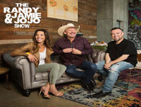 Kevin Fowler calls the show to chat, & Fomo Moment