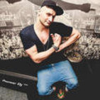 Kissy Sell Out